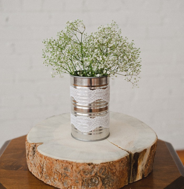 Recycled Wedding Details; Tin cans