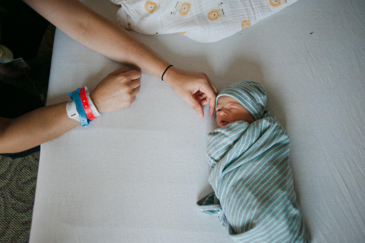 denver newborn photographer-005